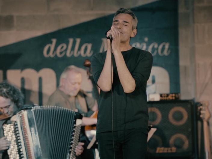Carlo Fava Live